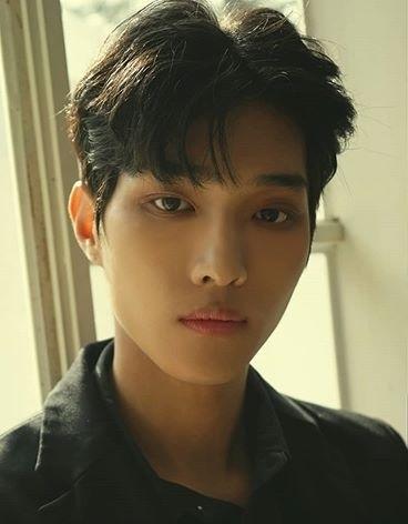 Seonghwan (MAXIMUM Member) Age, Bio, Wiki, Facts & More
